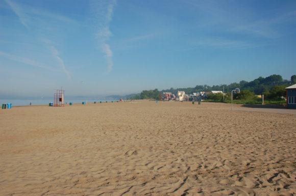 beach at Port Stanley