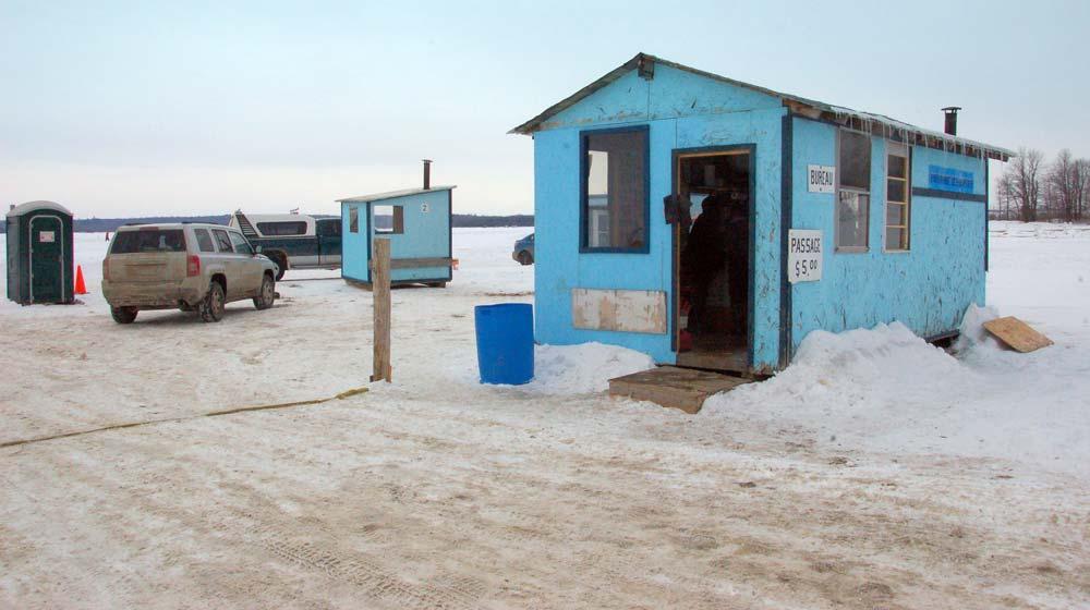 ice-hut-bureau