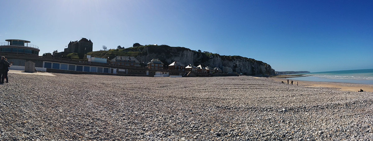 Beach and cliffs of Dieppe