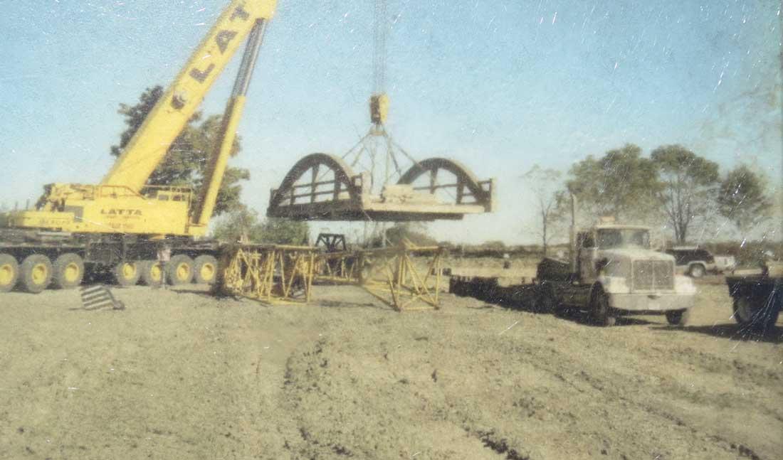Charles Mattaini Bowstring Bridges - lifting a 66 ton bridge in Fergus